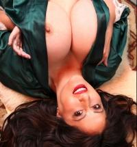 Pinup Files Antonella Kahllo nude