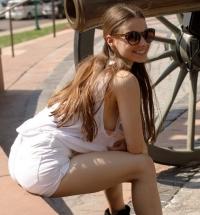 Zishy Clara Mabee nude