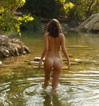 Zishy Heaven Starr naked and wet