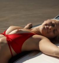 Zishy Kayla Linchek nude