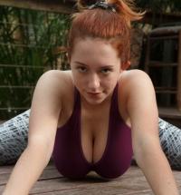 Zishy Kelsey Berneray nude