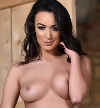 Lauren Louise naked