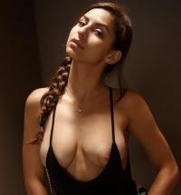 Zishy Nina North nude