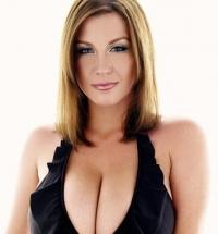 Juliland Sara Stone nude