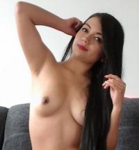 Sofia Gomez topless
