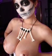 Tessa Fowler topless Halloween
